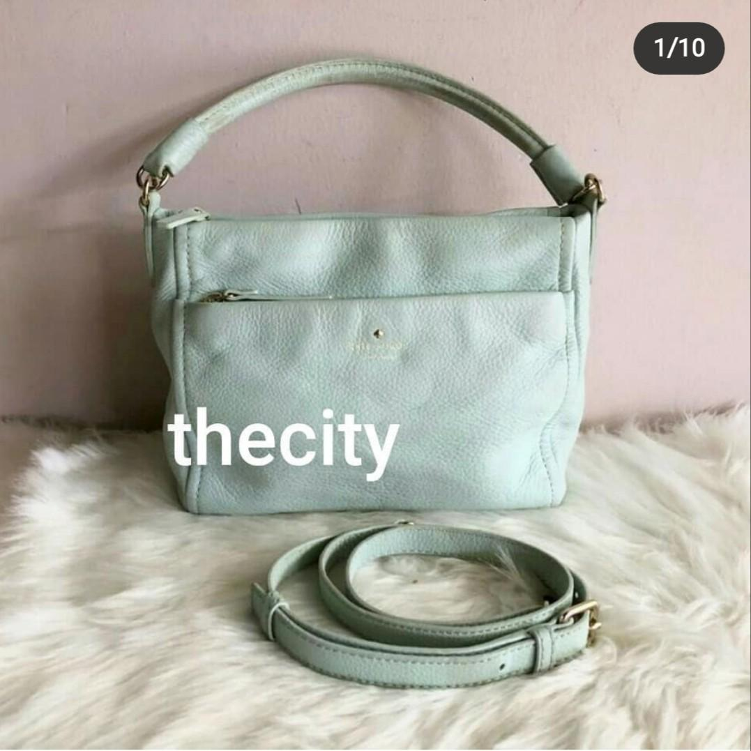 CHEAP ! - AUTHENTIC KATE SPADE LEATHER TOTE BAG , WITH LONG STRAP FOR CROSSBODY SLING - CLEAN INTERIOR , OVERALL GOOD - SIZE : 25 X 20 CM APPROX. -