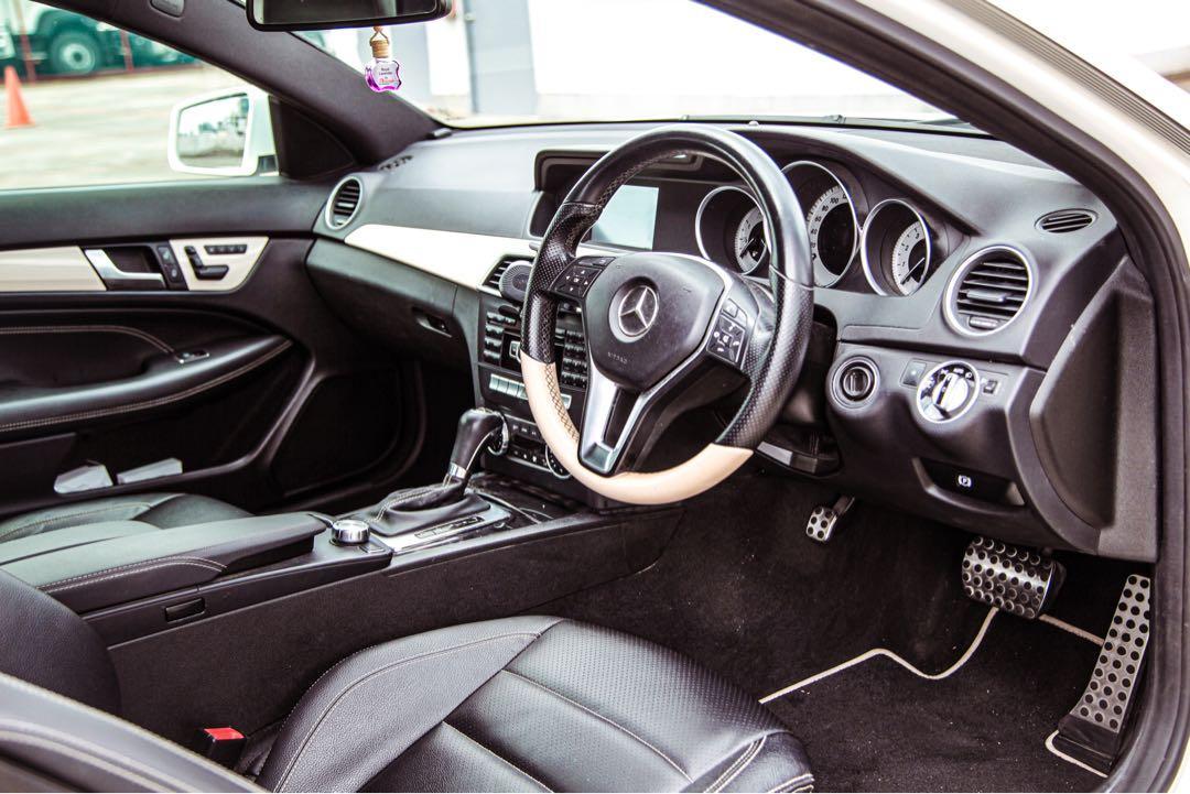 Mercedes-Benz C180 CGI coupe Auto