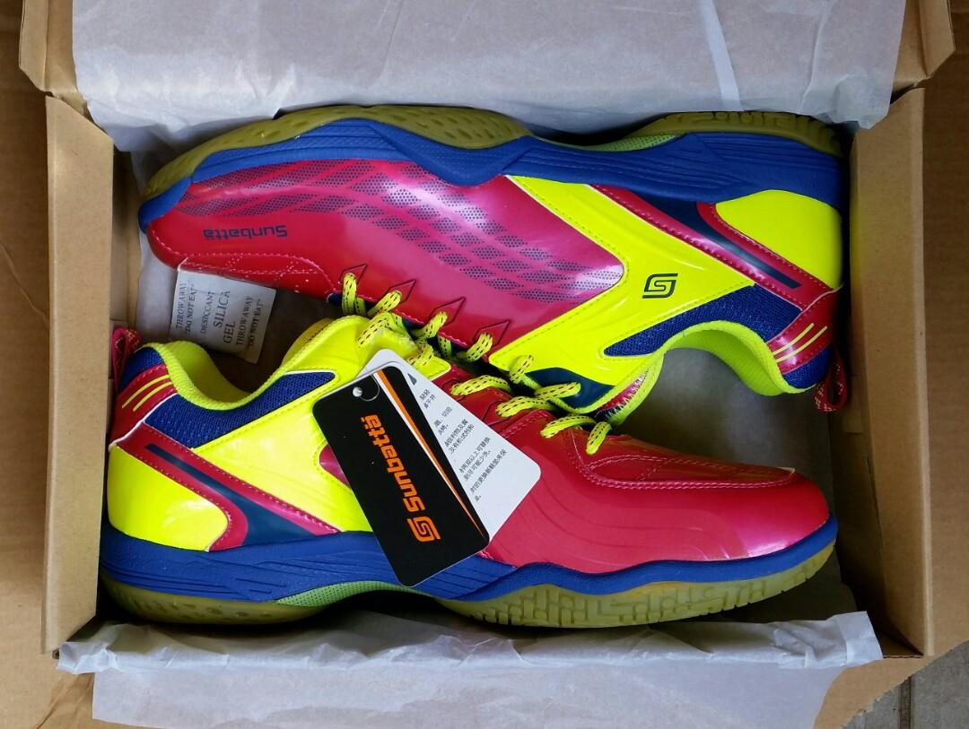 New Sunbatta Tennis Badminton PinPong Shoes sz UK 2-8 Gr8 Bargain