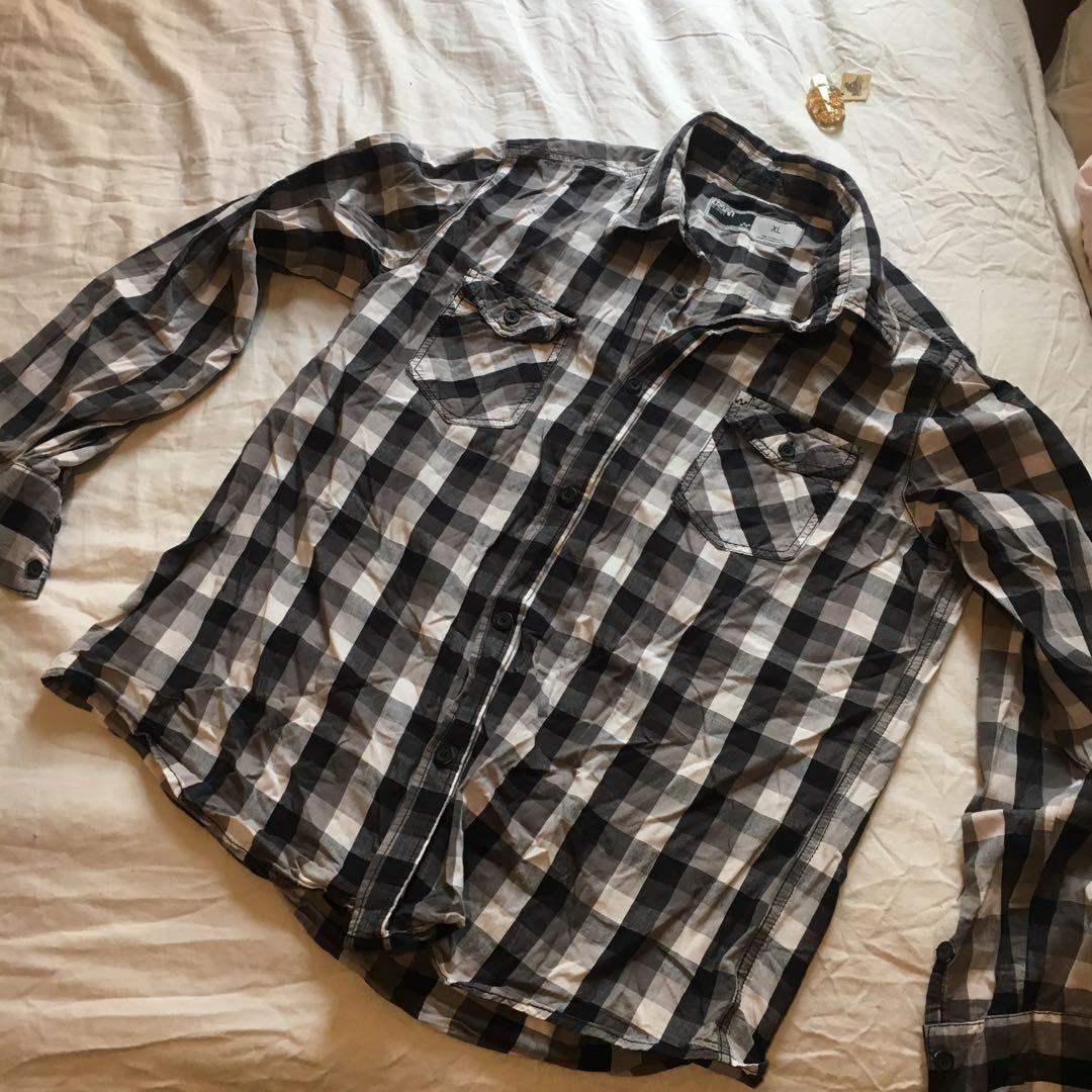 Vintage Checkered Long Sleeved Men's Button Down | Cotton