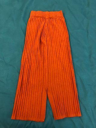 橘色開衩中長裙