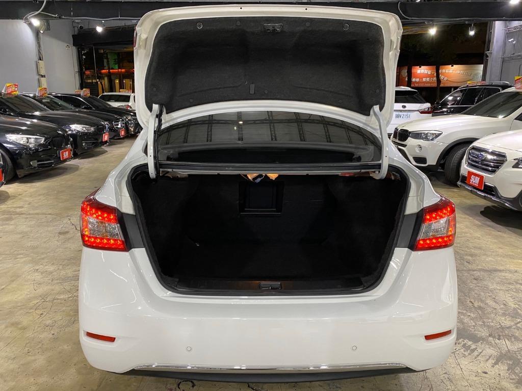 正2015年  Nissan SuperSentra 1.8  Ikey摸門 只賣您27.8萬