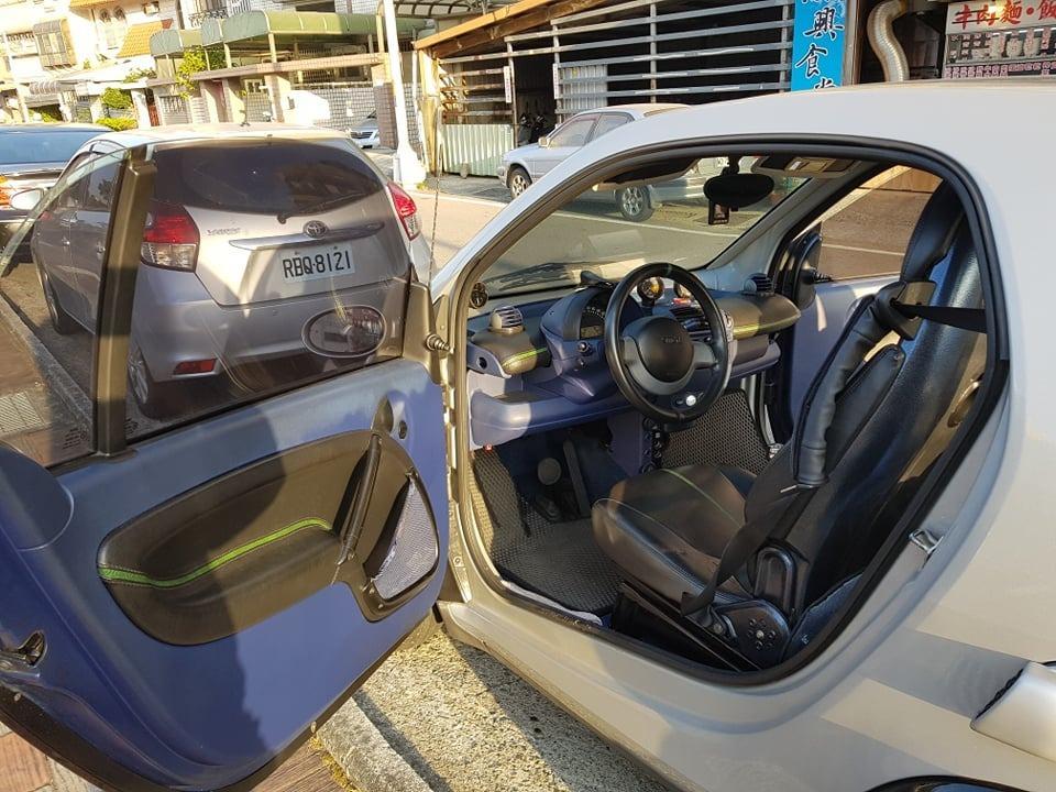自售 二手 銀骨黑 賓士 小車 代步車 smart 450