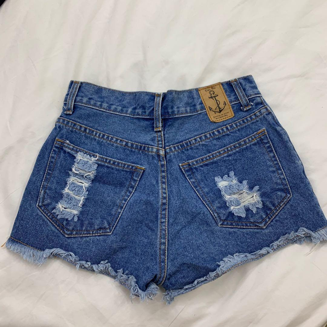 🚀CLEARANCE PRICE dark washed ripped denim shorts