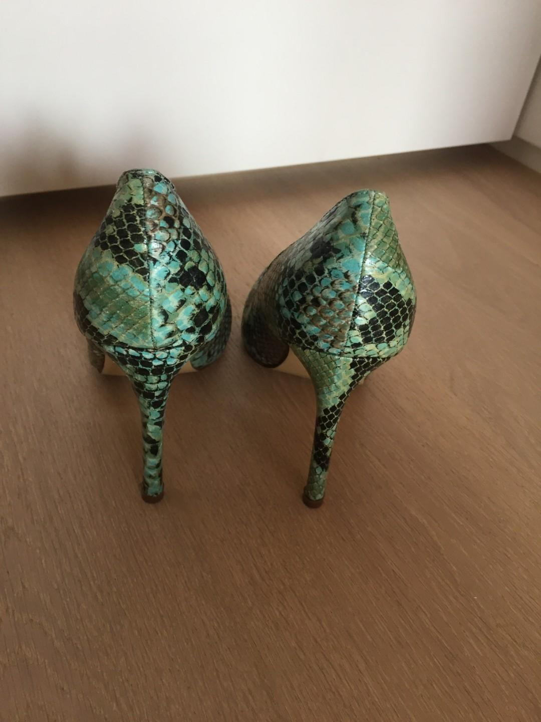 London Rebel snake print heels size 39 (excellent condition)
