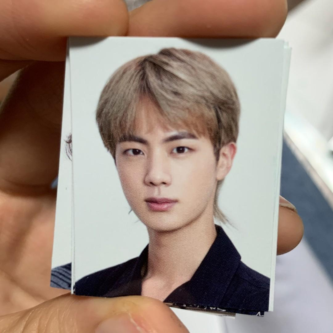 (WTS/LFB) Set Official BTS 2020 Season's Greetings Id Photo