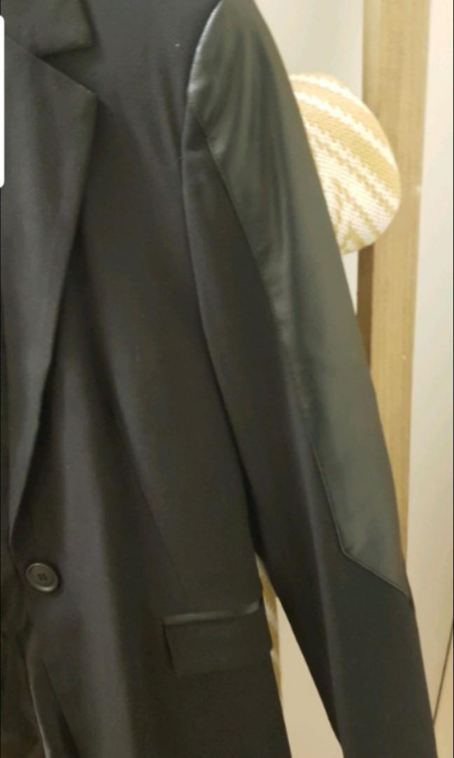Blazer/jacket glassons size 8 brand new with leather detail sleeves