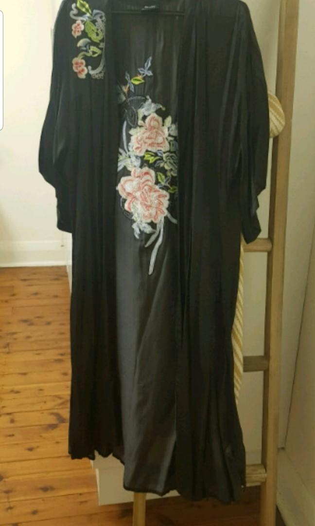 Cardigan kaftan embroided top size 8 to 12 from bardot