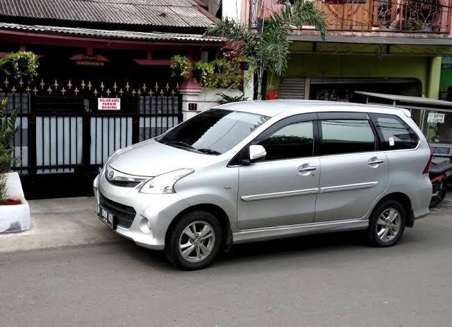 Explore batam come with ( driver + petrol include)
