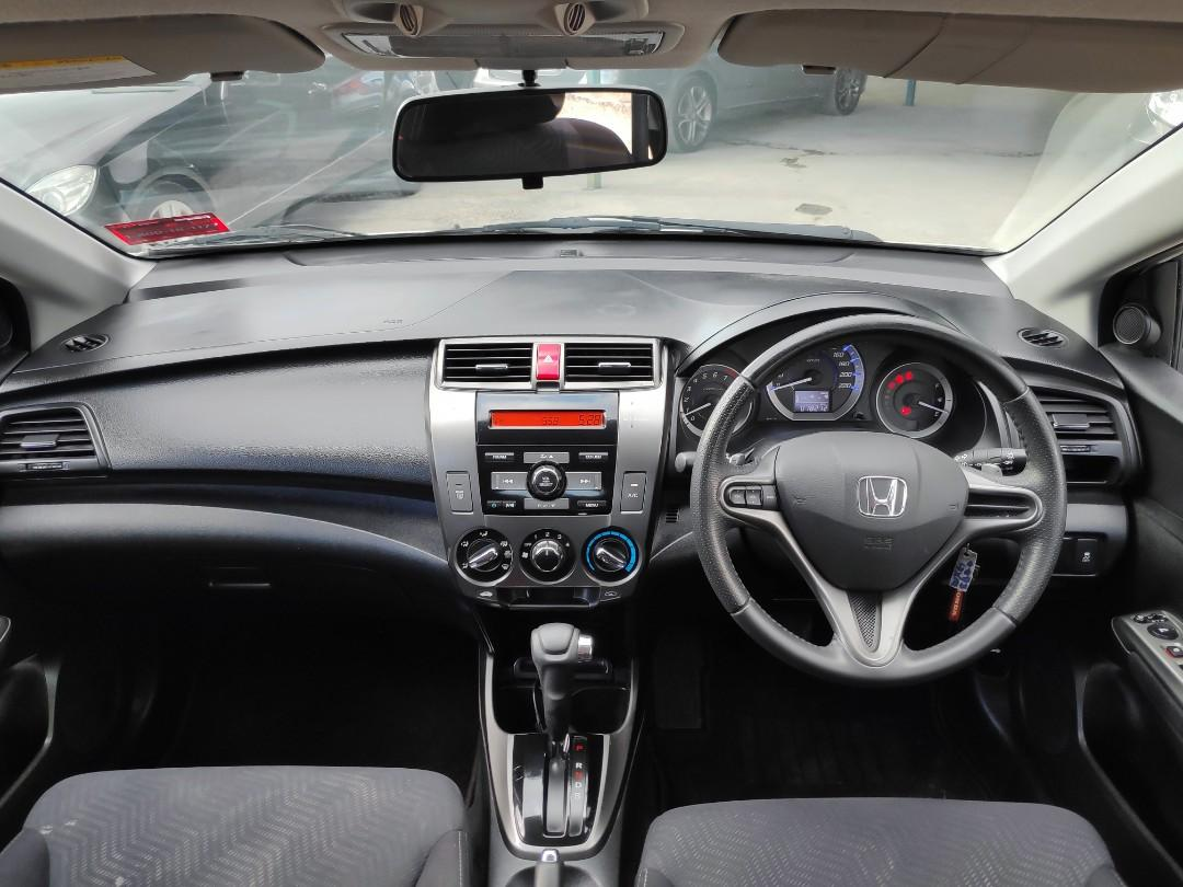 Honda city E spec Full Spec Paddle Shift Price OTR