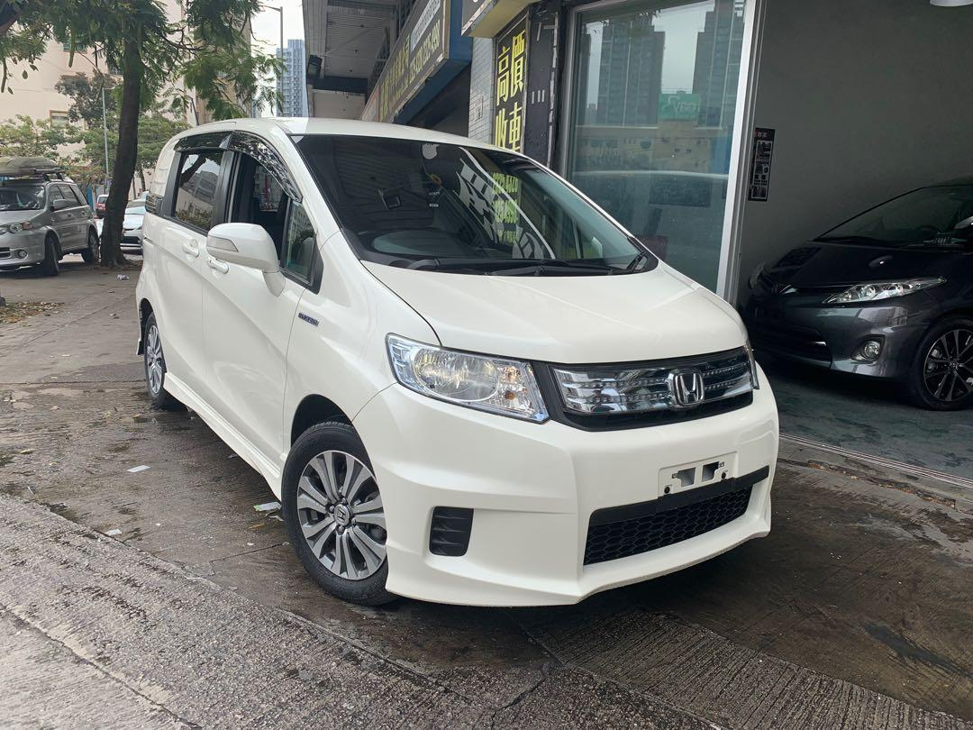 HONDA FREED SPIKE HYBRID 2012