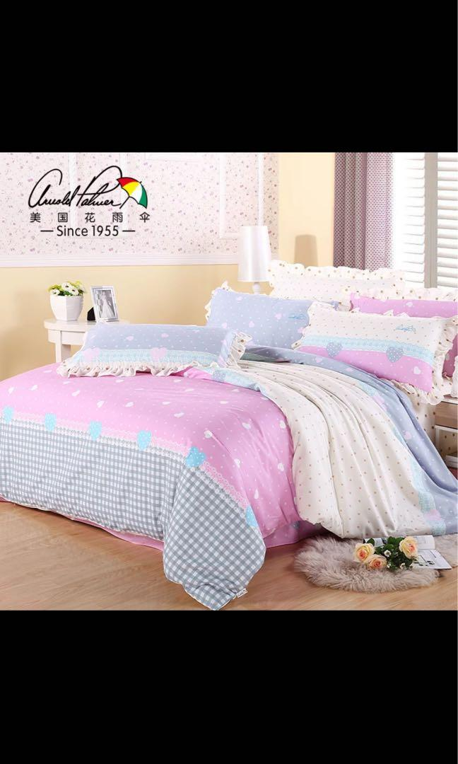 Picture of: Polka Dots Pink Blue Vintage Bedsheets Set King Bed 1 8m Furniture Home Decor Cushions Linen On Carousell