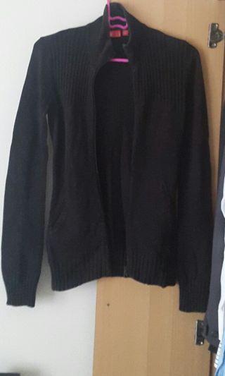 Black knitted jacket/cardigan