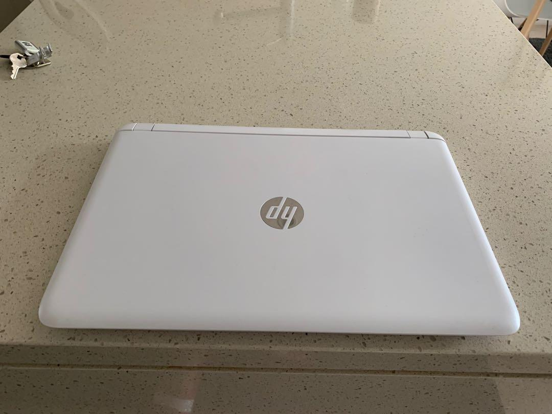 "Gaming HP 15"" AMD A10 8GB 1TB Radeon R7 Windows 10"