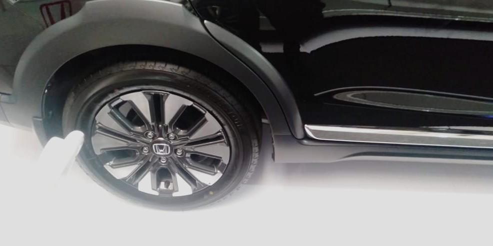 Honda New BRV E Cvt, PROMO AKBAR TAHUN BARU CUCI GUDANG HONDA!!!! CUMA 5.000.000 SAJA