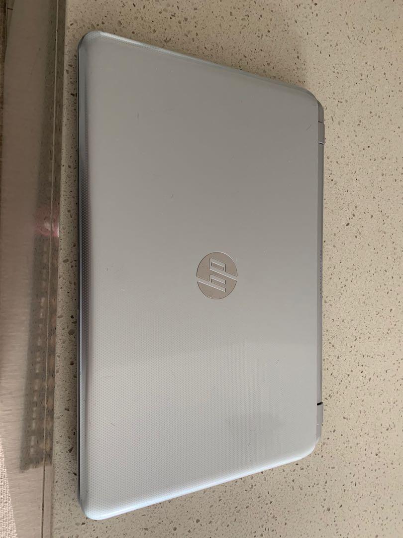 "HP touchscreen 15"" AMD Quad core 8GB 500GB Windows 10"
