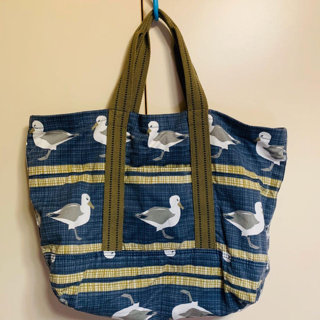 J.W Anderson x Uniqlo 英國 聯名 肩背包 環保袋 大容量 帆布 仿舊 圖騰 海鷗 鴨