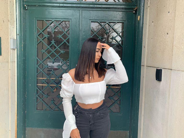 Miss Lola White Puff Sleeve Detailing Cropped Blouse