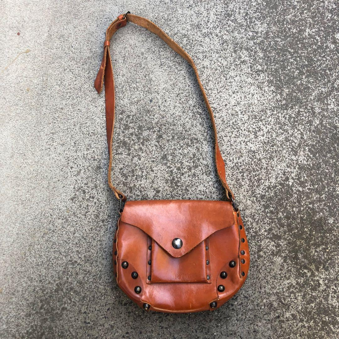 Second hand leather bag made in Italy -( price includes free standard postage within Australia $