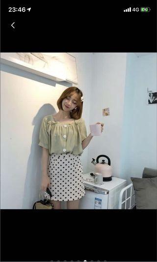 韓系 氣質小姊姊 牛油果綠色方領泡泡袖上衣