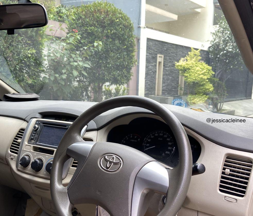 2013 Toyota Kijang Innova 2.5 G MPV Silver Metalic Solar Matic