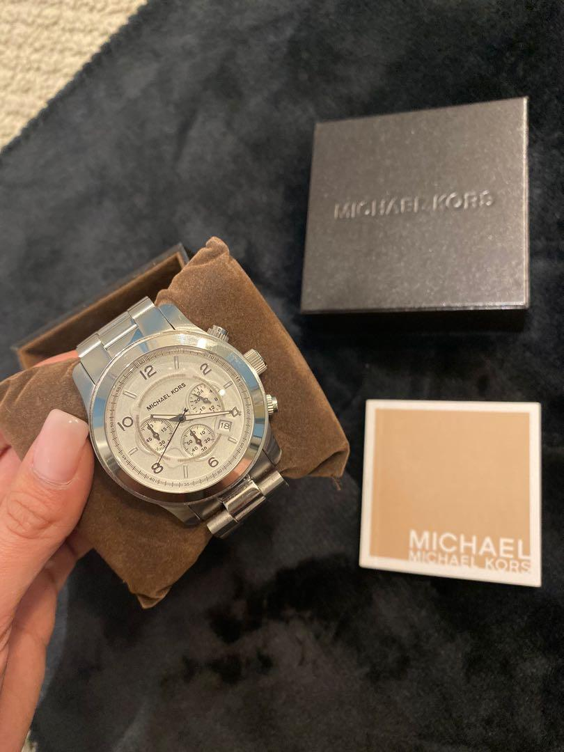 Authentic Michael Kors watch silver and gold barely use