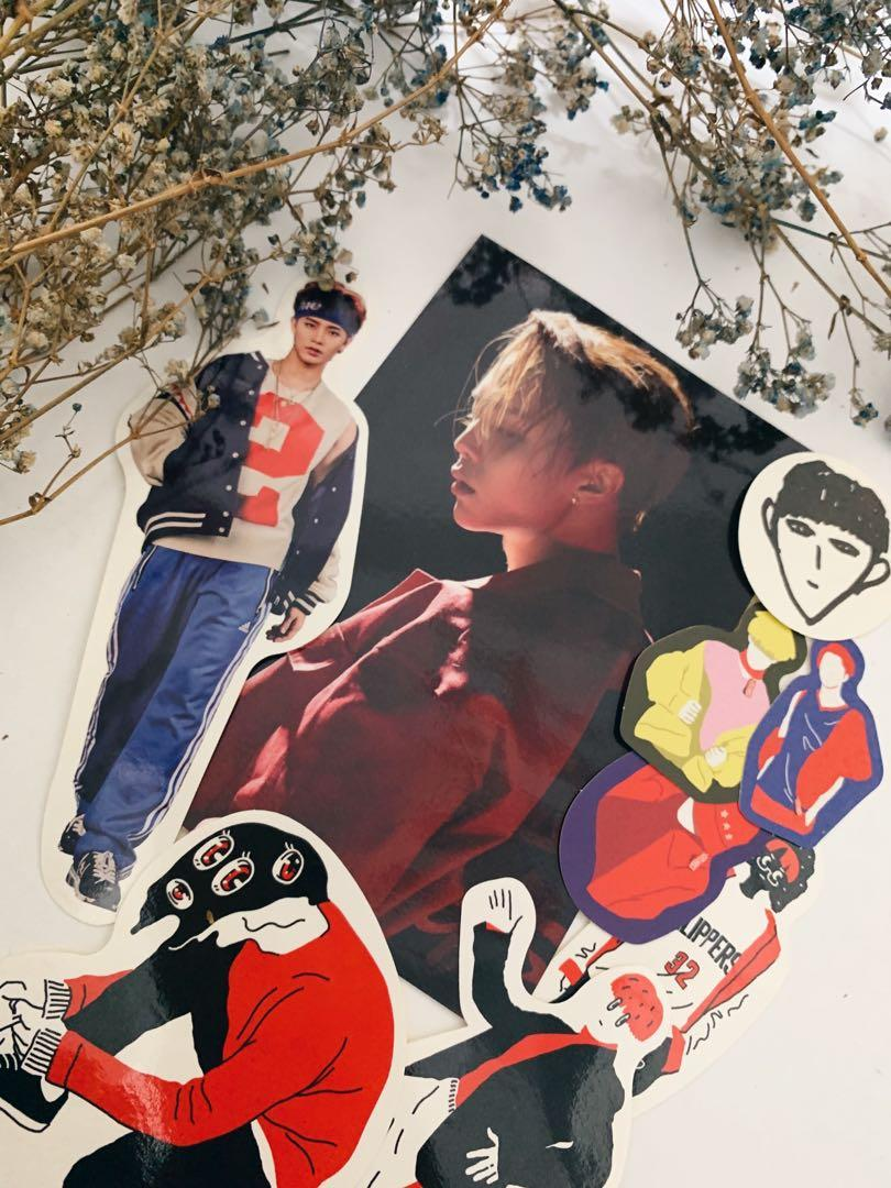 [VERSION A] 'NCT #127 LIMITLESS - 2nd Mini Album' with WINWIN POSTER, TAEYONG DOODLE STICKER & JOHNNY POSTCARD