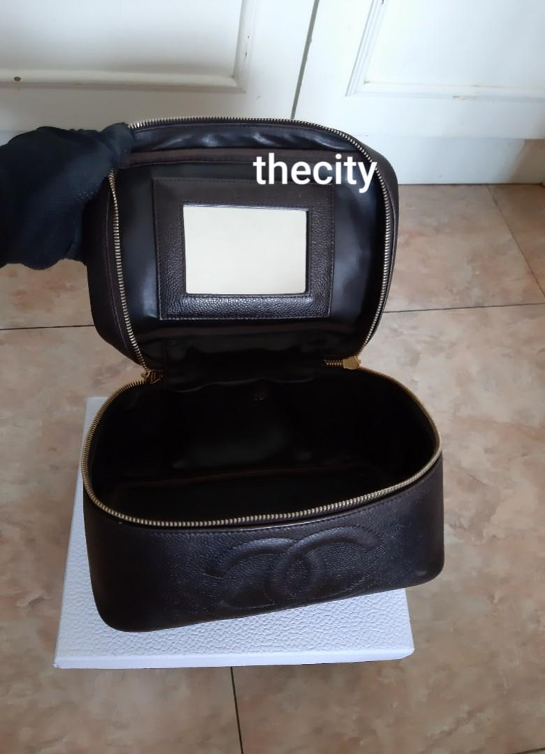 AUTHENTIC CHANEL BIG XL CAVIAR LEATHER VANITY BAG - BIG CC LOGO DESIGN,  MIRROR INSIDE DESIGN - HOLOGRAM STICKER INTACT,  SOLID SHAPE STRUCTURE,  CLEAN INTERIOR - WITH EXTRA ADD LONG CHAIN STRAP FOR CROSSBODY SLING -