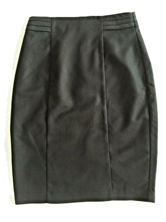 BRAND NEW WITH TAGS | PORTMANS Black Knee-Length Skirt | Size 10