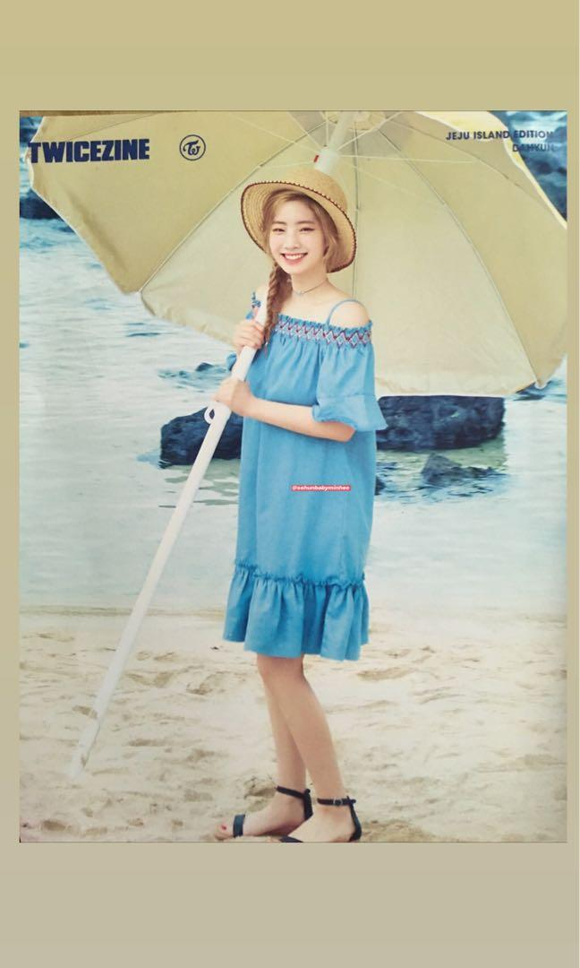 Twice Dahyun Twicezine Jeju Islan Edition poster and photocard