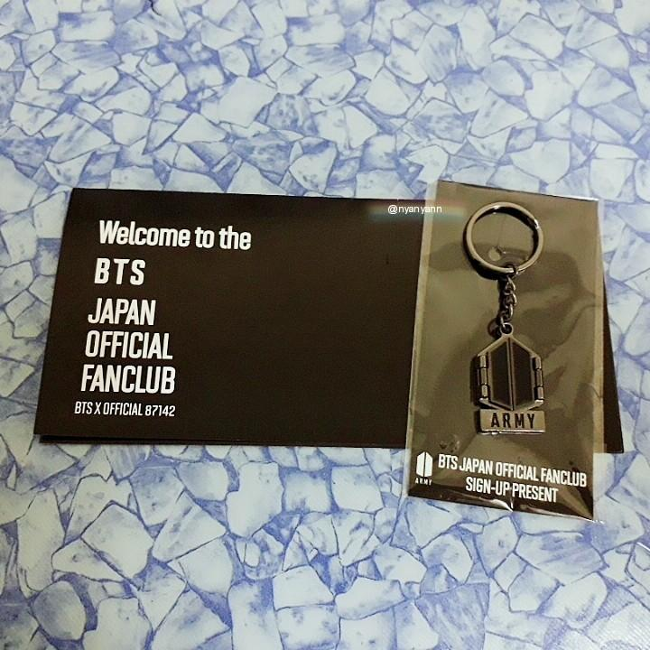 [WTS Only] BTS Japan Official Fanclub Sign-Up Present (ARMY logo mirror)