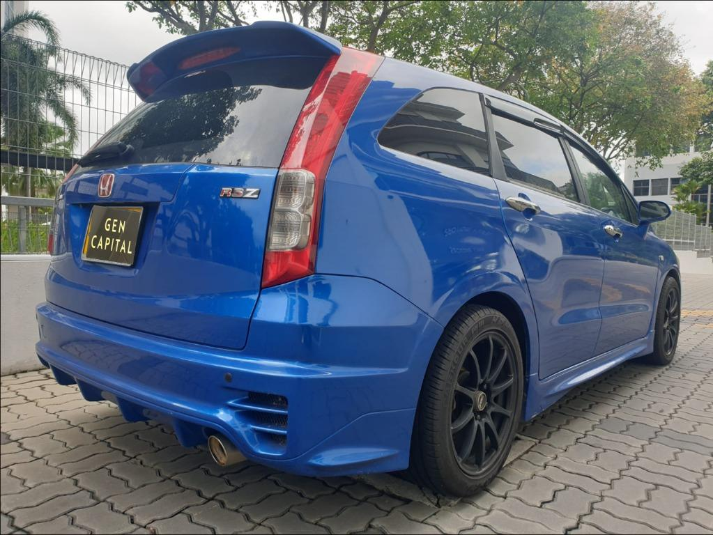 Honda Stream RSZ 1.8A Special Christmas Promo Pm or whatsapp @87493898 now! Just Deposit $500 Driveaway Immediately!*