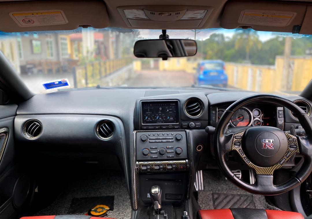 SEWA BELI>>Nissan Skyline GTR R35 3.8  PADDLE SHIFT 2008/2011