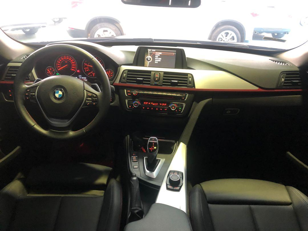 2013 BMW 320i GT sport line