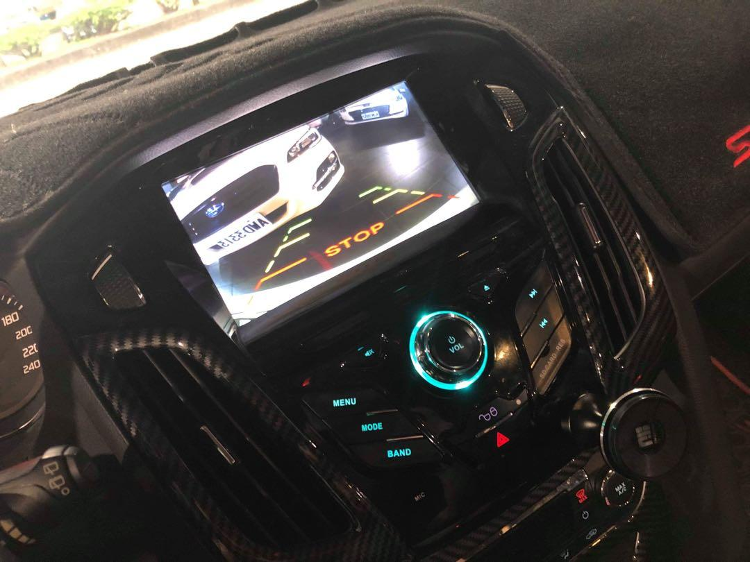 2014年 Ford Focus 2.0S 白