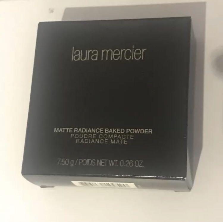 Brand New Laura Mercier Mattr Radiance Baker Powder