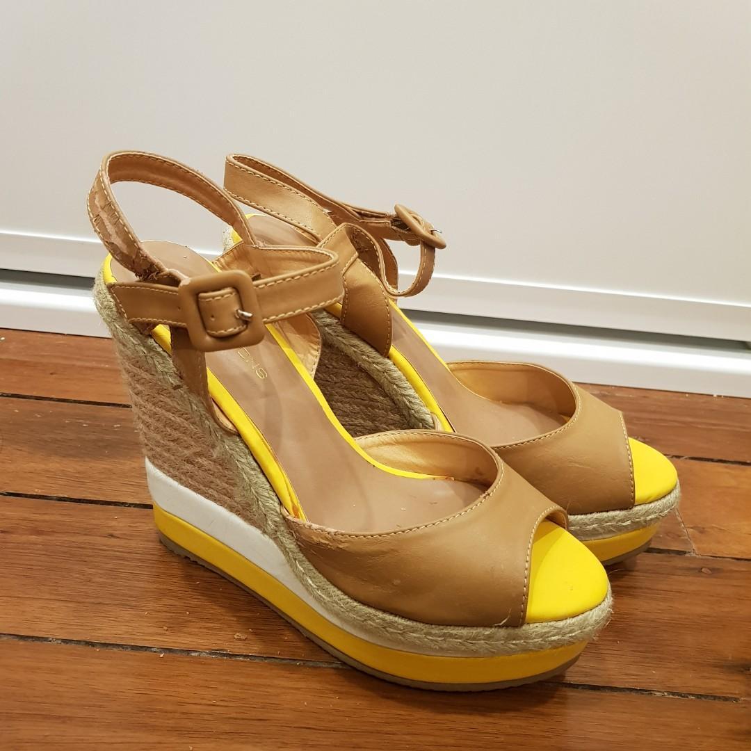 Glassons Yellow Espadrille Platform Wedges Size 8/39