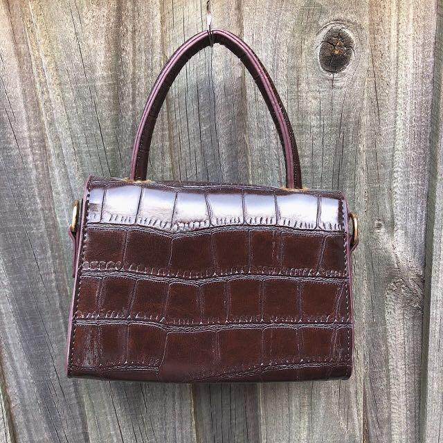 Mocha Mini Croc Handbag ❤️   BRAND NEW  Adjustable straps are included inside the bag