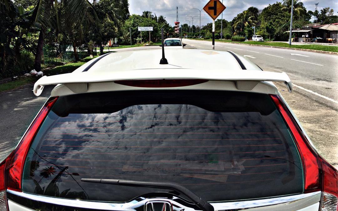 SEWA BELI>>HONDA JAZZ 1.5 AUTO E-SPEC FULLBODYKIT MODULLO 2019