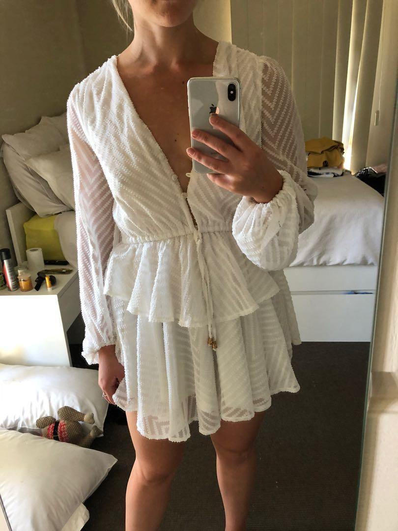 White play suit size 8 perfect for races or going out