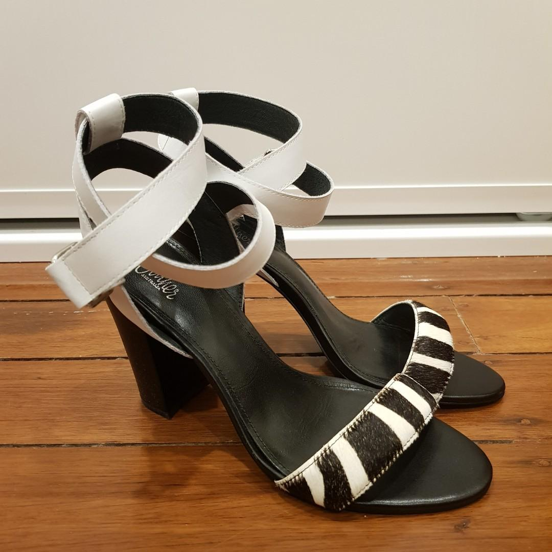 Wittner Ralex Heeled Sandals in Zebra Black/White Size 7/38