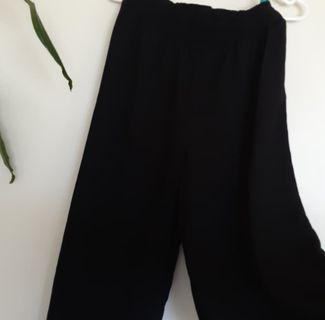 Flowy black pants