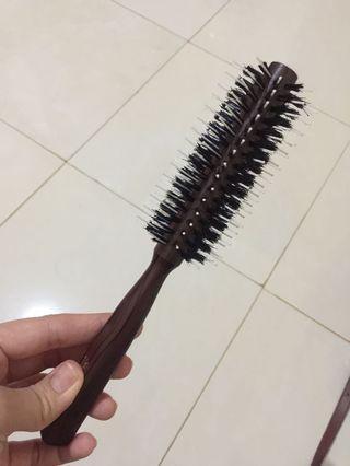 Sisir blow salon