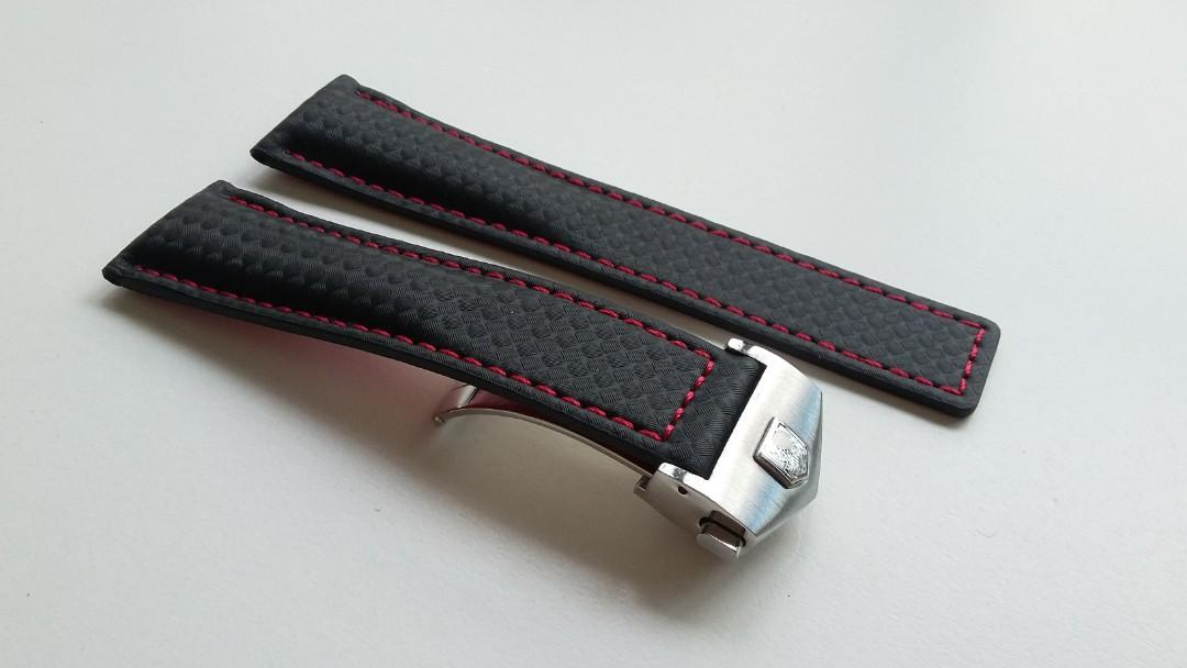 20mm & 22mm CARBON FIBRE TEXTURE LEATHER STRAP WITH STAINLESS STEEL CLASP FOR TAG HUER  AUTIVA,CARRERA, AQUARACER, F1 (FITMENT INCLUDED)