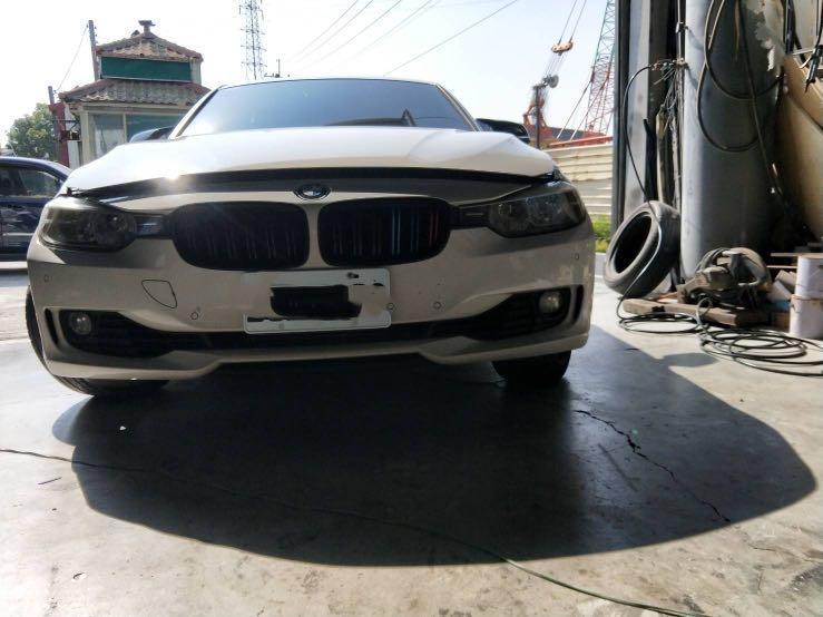 BMW F30 3系前保險桿(需自載