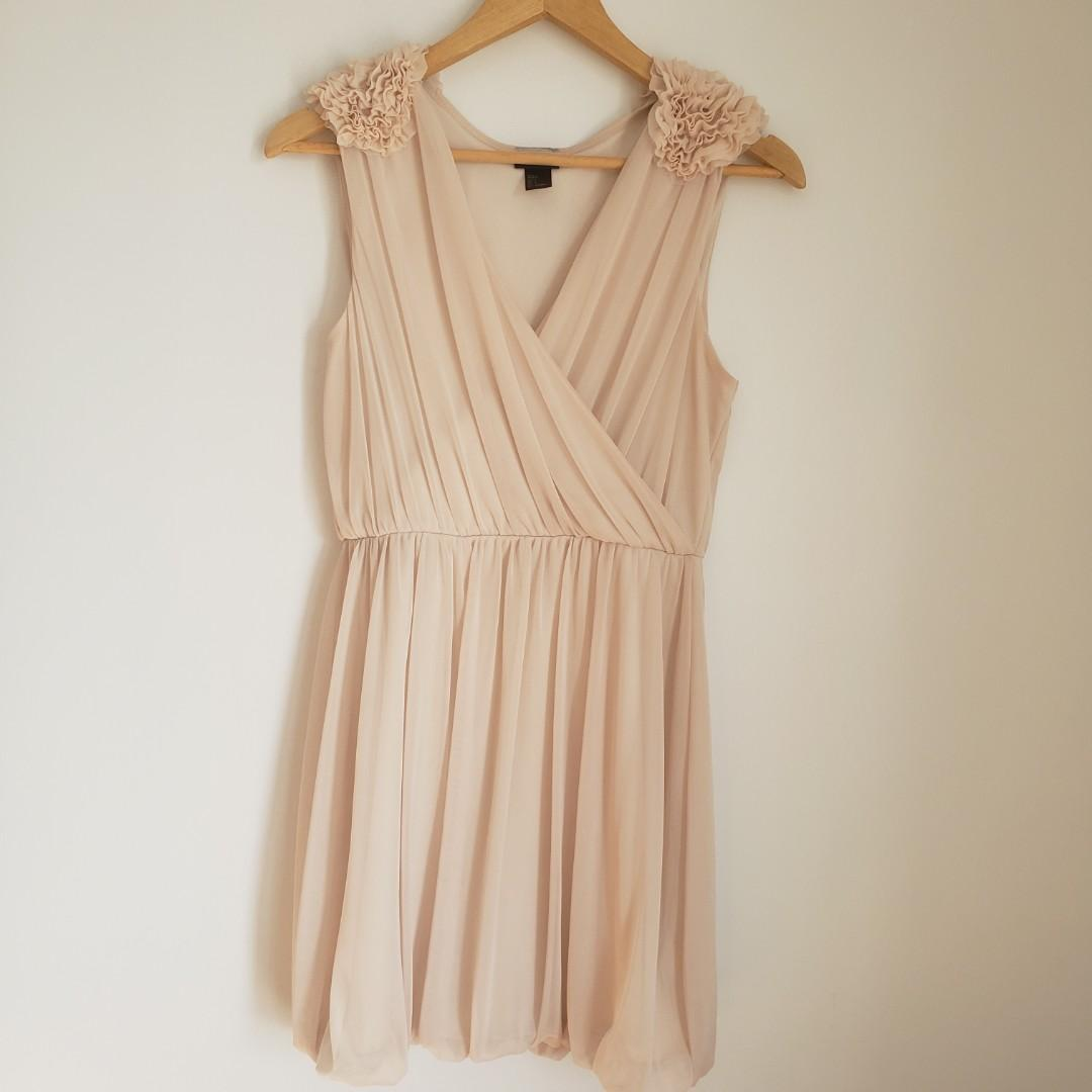H&M Romantic Vneck light Pink/Cream Midi Dress Small.