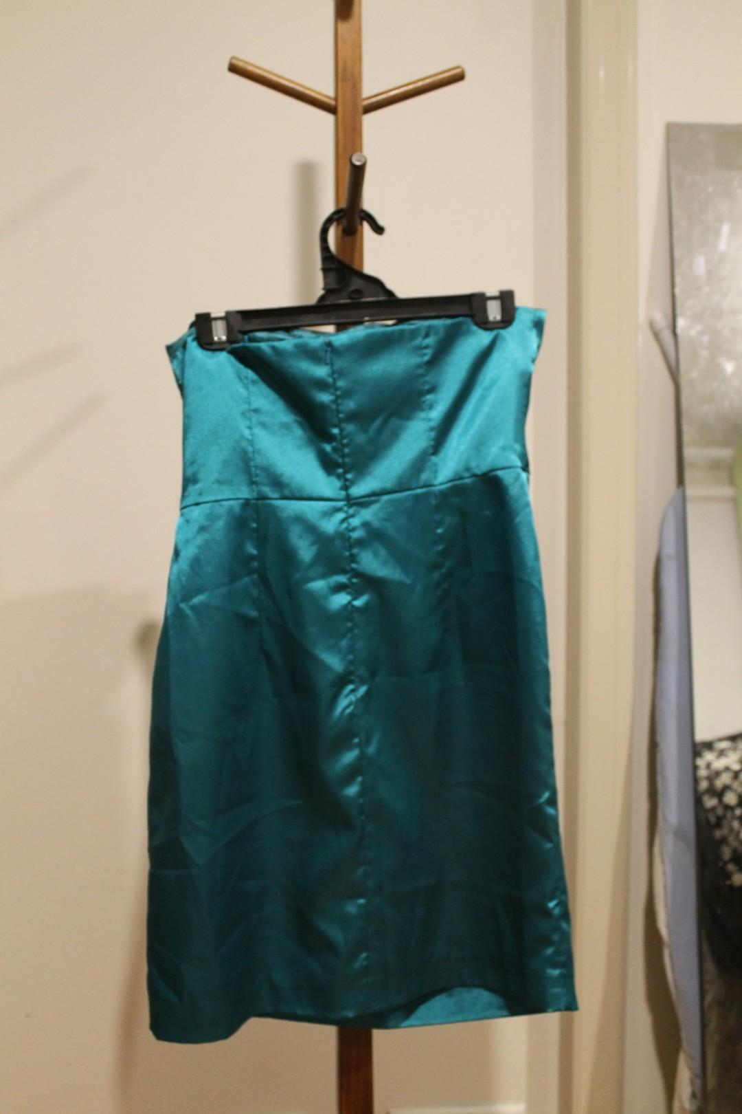 L - Miss Anne - Blue Silky Short Strapless Party Dress