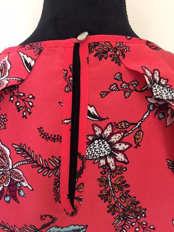 NEW TOKITO Ruffle Cold Shoulder Shift Dress - POP Paisley   Size 8