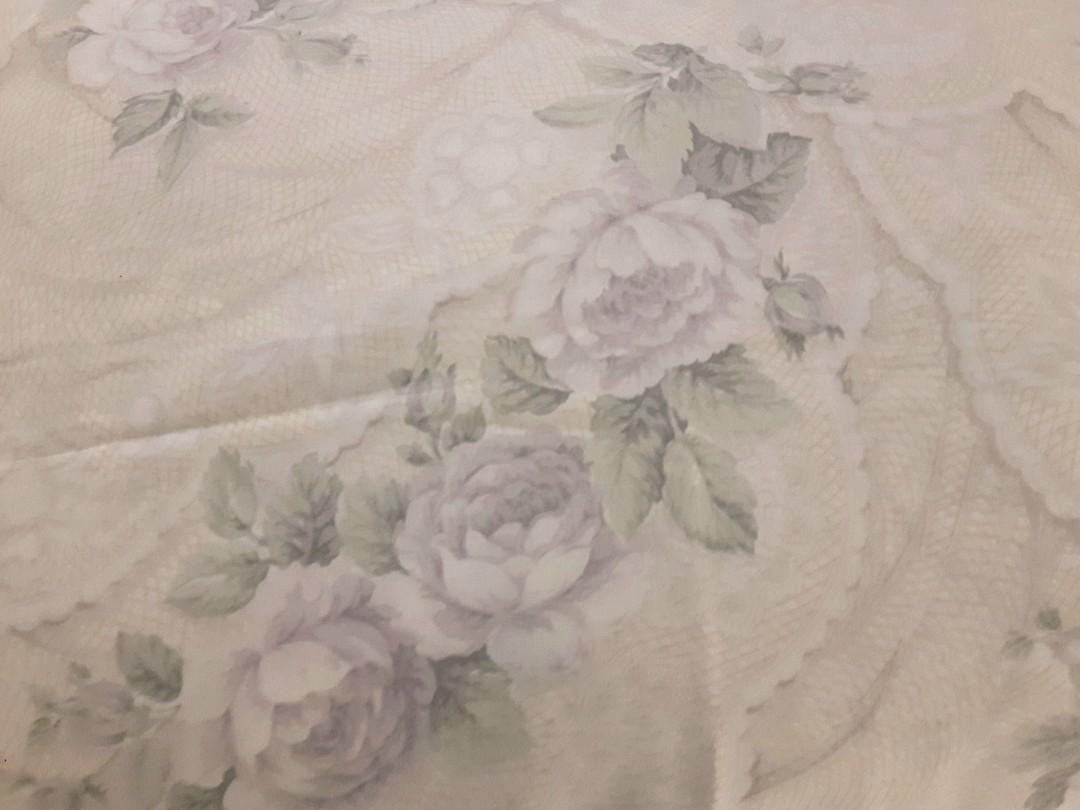 THE BAY-TWIN BED COMFORTER and 1 PILLOW CASE  FLORAL BEIGE AND LAVENDER