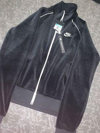 BNWT Nike  velour sweater